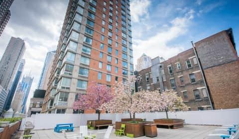 Longacre House - West 50th Street | New-york, NY ...