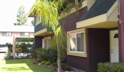 Avalon apartments red hill avenue tustin ca townhomes for rent for 3 bedroom apartments in tustin ca