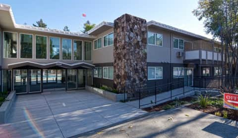Twin Pines Manor Apartments   Sunnyvale Saratoga Road | Sunnyvale, CA  Apartments For Rent | Rent.com®