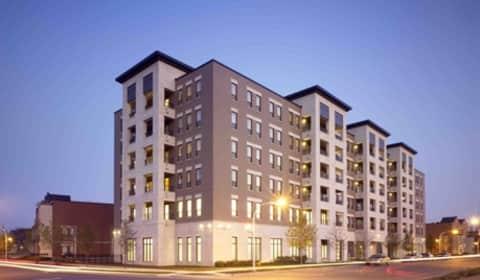 Oakwood Shores S Vincennes Chicago Il Apartments For
