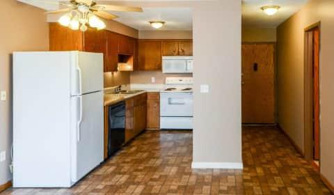 Mankato tower apartments echo street mankato mn apartments for rent for 1 bedroom apartments in mankato mn
