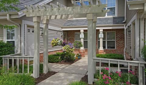 Centennial park apartments east centennial drive oak creek wi apartments for rent for 3 bedroom houses for rent in oak creek wi