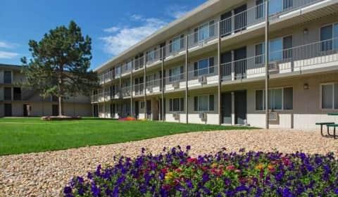 Park place apartments e exposition ave denver co - Cheap 3 bedroom apartments in denver co ...