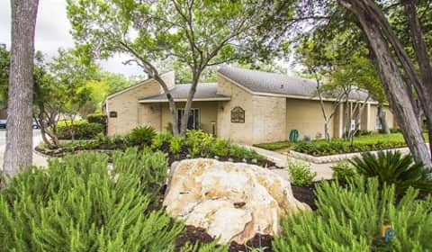 Canyon Oaks - Henderson Pass | San Antonio, TX Apartments for Rent ...
