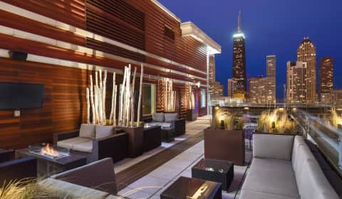 Chestnut Tower Apartments Chicago Il