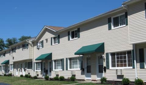 Evergreen Apartments In Elyria Ohio
