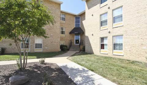 The berkdale apartments dulles park court 104 herndon - One bedroom apartments in herndon va ...