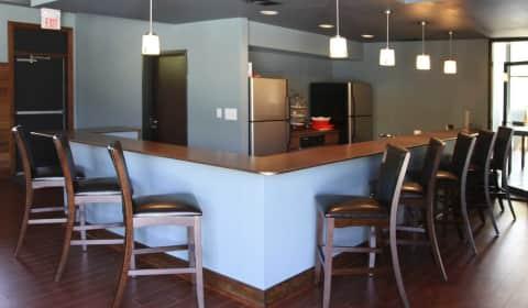 Chimneys Of Oak Creek Chimney Lane Kettering Oh Apartments For Rent