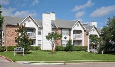 Estrada Oaks Apartments Irving Tx