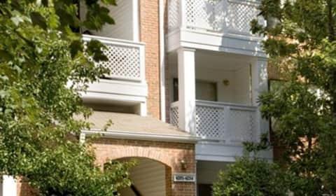 Dunwoody Ridge Peachtree Dunwoody Road Ne Atlanta Ga Apartments For Rent