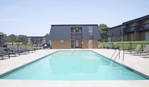 Studio Apartment Joplin Mo royal orleans apartments - college view dr | joplin, mo apartments