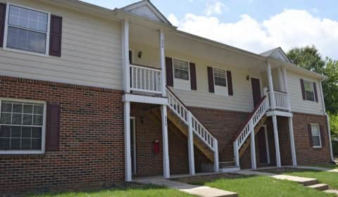 Hickory Trace Village Apartments