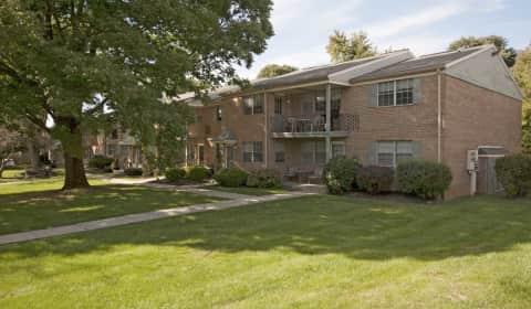 Madison Cedar Glen South Cedar Crest Blvd Allentown Pa Apartments For Rent