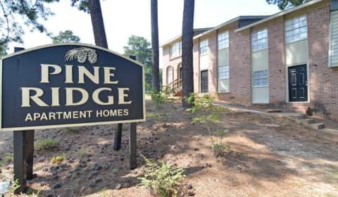 Pine Ridge Apartments Macon Ga