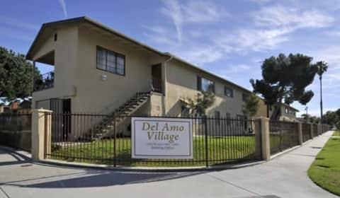 Del Amo Village Apartments - Plaza Del Amo | Torrance, CA ...