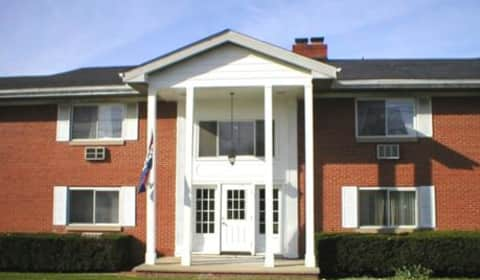 Hallwood Apartments Mentor Ohio