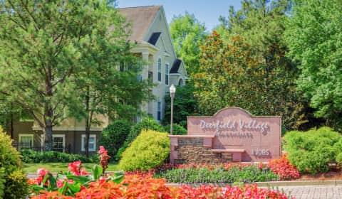 Deerfield village morris rd alpharetta ga apartments for rent for 4 bedroom apartments alpharetta ga