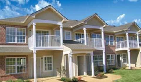 Danbury Court Basil Way Bloomington Il Apartments For Rent