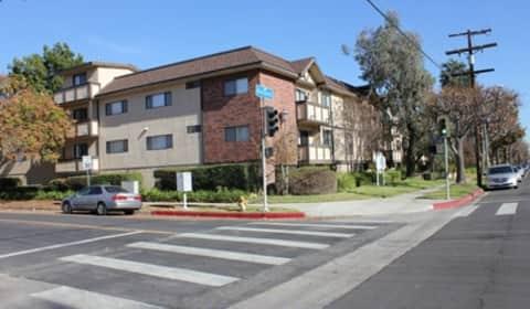 Apartments For Rent Near Burbank High School