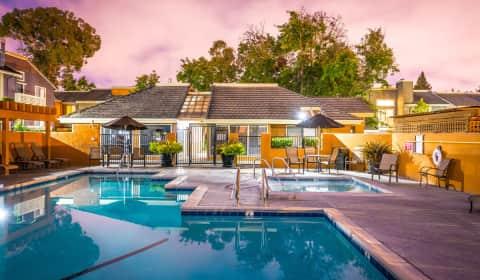 Crossbrook Apartments Enterprise Drive Rohnert Park Ca Apartments For Rent