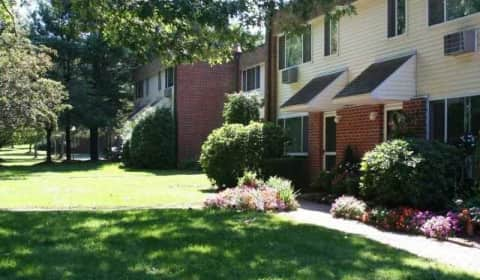 Eastbrook Apartments - Fernbank Road | Springfield, MA Apartments ...