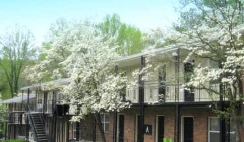 Garden terrace kiowa dr ne marietta ga apartments for for 2830 georgian terrace marietta ga