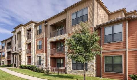 Bulverde Oaks - Canyon Parkway   San Antonio, TX Apartments for Rent ...