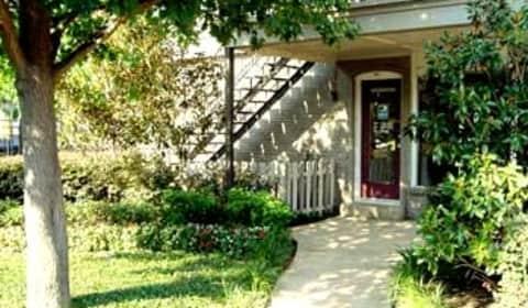 Amherst Oaks High Vista Drive Dallas Tx Apartments For Rent Rent Com 174