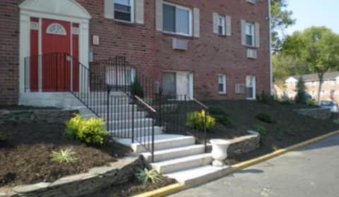 spring garden apartments - Spring Garden Apartments