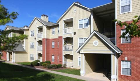 Rivers bend apartment homes liverpool circle chester va apartments for rent for One bedroom apartments in chester va
