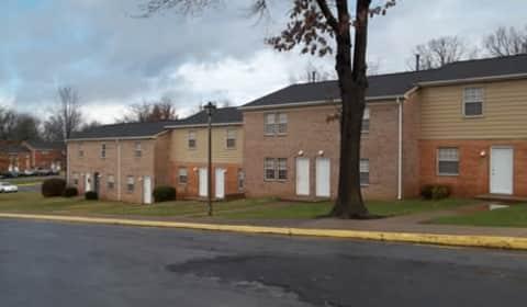 Quadrangle Apartments Waynesboro Va