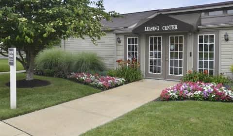 Oakview Estates Foal Court Lancaster Pa Apartments For Rent