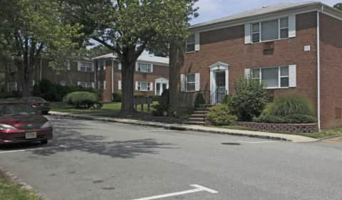 Good Redstone Gardens/Lakeview Gardens   Redstone Drive | Parsippany, NJ  Apartments For Rent | Rent.com®