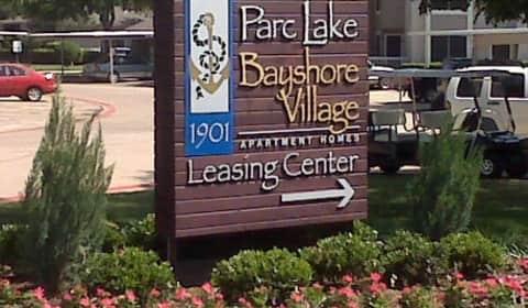 Parc Lake And Bayshore Village Lakeview Cir Lewisville