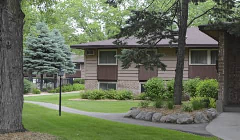 Woodlake Park Apartments Richfield