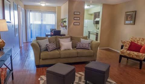 Huntington Pointe Wolflin Avenue Amarillo Tx Apartments For Rent