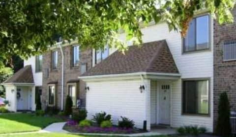 Berkeley Trace Bensalem Boulevard Bensalem Pa Apartments For Rent