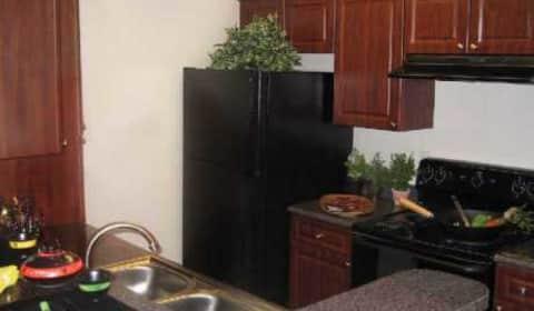 The Point At Perimeter Ashford Gables Drive Dunwoody Ga Apartments For Rent