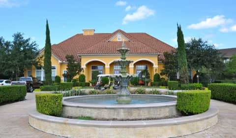 Villa Toscana Apartments Houston Tx