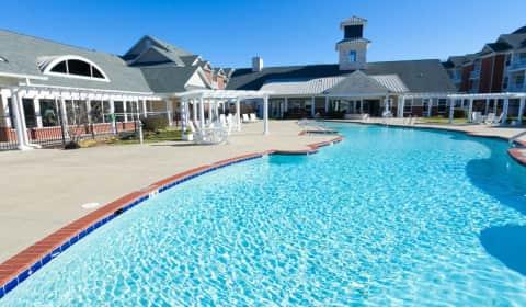 Falcon Creek Luxury Apartments - Falcon Creek Way | Hampton, VA ...