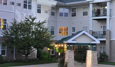 Lexington Village Senior Apartments S 107th Street Greenfield Wi For Com