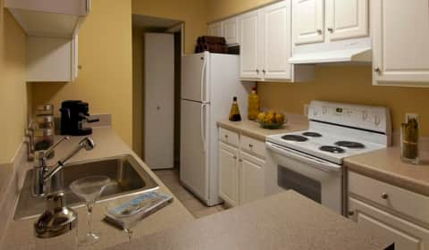 avalon at fairway hills - columbia rd | columbia, md apartments