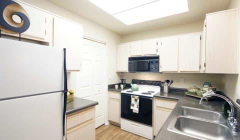 Ventana Luxury Apartments - N. 94th St | Scottsdale, AZ Apartments ...