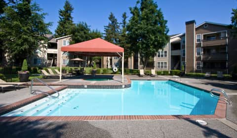 Fulton 39 s crossing southeast everett mall way everett wa apartments for rent for Cheap 1 bedroom apartments in everett wa