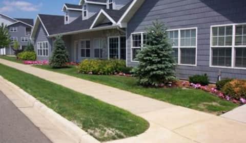 Silver Lake Hills Apartments Fenton Michigan