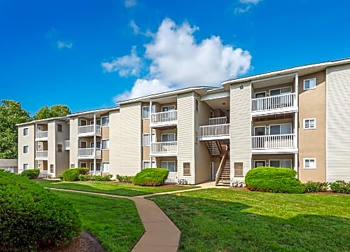 Hampton Roads Center Apartments for Rent | Hampton, VA | Rent.com®