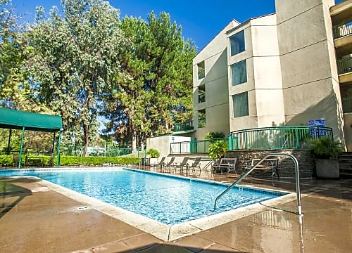 Canyon Crest Apartments for Rent | Riverside, CA | Rent.com®