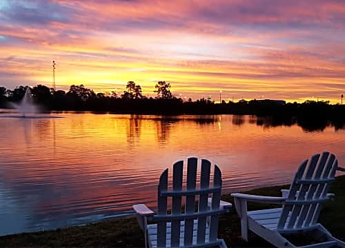 Come home to Lakes of Tuscana, and enjoy stunning sunsets every night.