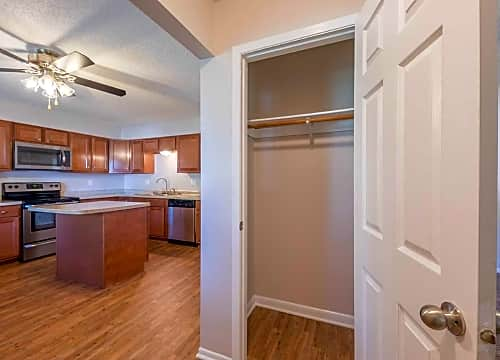Apartments For Rent In West Des Moines, IA