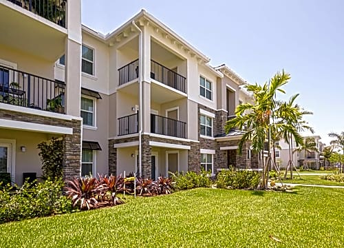 Apartments For Rent In Ramblewood East, FL
